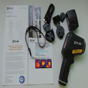 tg165配有直观的菜单图标和双激光指示器